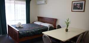 Warrnambool Holiday Park and Motel