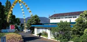 Riverfront Motel & Villas