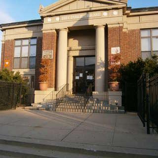 Kearny Public Library