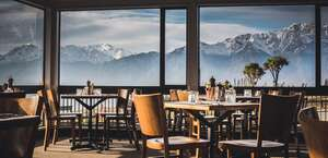 Lake Hawea Hotel, Hostel and Campground