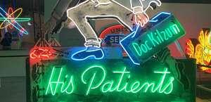 Museum of Neon Art