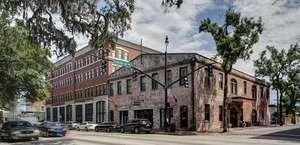 Staybridge Suites Savannah Historic District