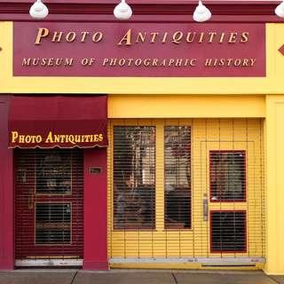 Photo Antiquities