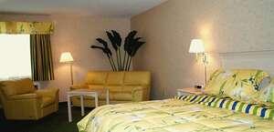 Court Plaza Inn & Suites