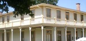 Stagecoach Inn Museum