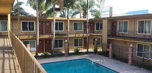 Guest Inn & Suites
