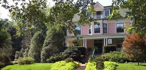 Lion & The Rose Bed & Breakfast