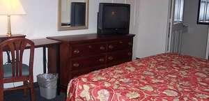 Red Carpet Inn (formerly Royal Inn)