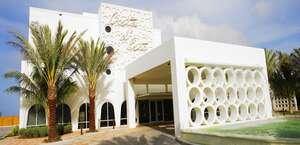 Costa D' Este Beach Resort