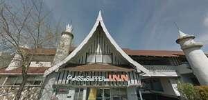 The Glass Slipper Inn