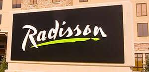 Radisson Huntsville Airport