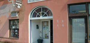 The Pirate Haus Inn