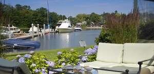 The Yachtsman Lodge & Marina