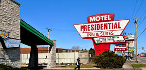 Presidential Inn And Suites