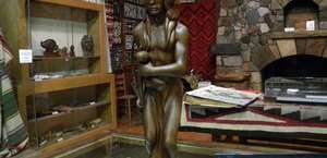 Ataloa Lodge Museum
