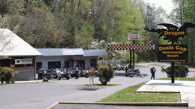 Deals Gap Motorcycle Resort Robbinsville Nc Roadtrippers
