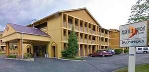 Nashville Airport Inn & Suites