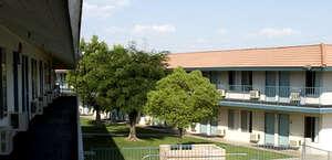 EZ-8 Motel Bakersfield #47
