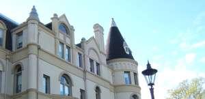 Manresa Castle Hotel & Restaurant