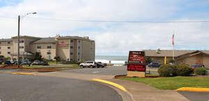 Chinook Winds Hotel