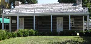 1827 Log Courthouse