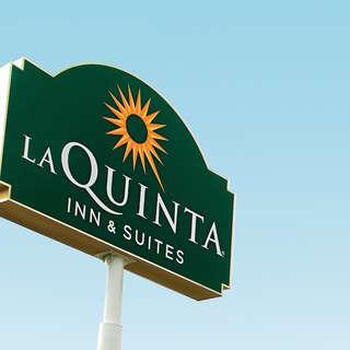 La Quinta Inns & Suites