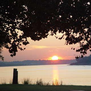 Tom Sawyers Mississippi River RV Park