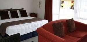Lisa Rose Motel