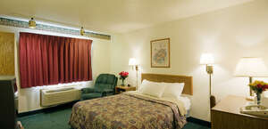 Americas Best Value Inn & Suites Little Rock at Scott Hamilton Dr