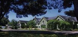 Hill House Inn LLC