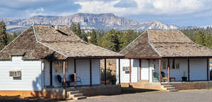 Bryce Canyon Pines Store & Camp