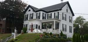Seabreeze Inn Bed & Breakfast