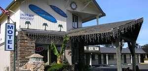 Oceanside Inn & Suites