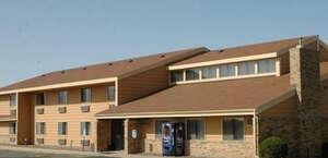 America's Best Inn - Stewartville
