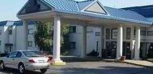 Fallside Hotel & Conference Center