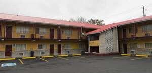 Deluxe Inn - Knoxville