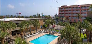 Red Roof Inn Galveston - Beachfront/Convention Ctr
