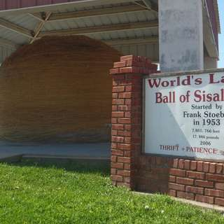 World's Largest Ball Of Twine Built by a Community