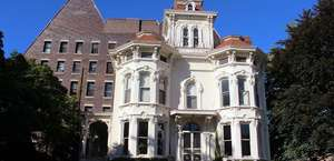Collingwood Arts Center