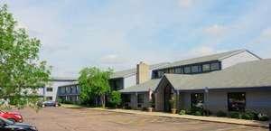 AmericInn Hotel & Suites Sioux Falls