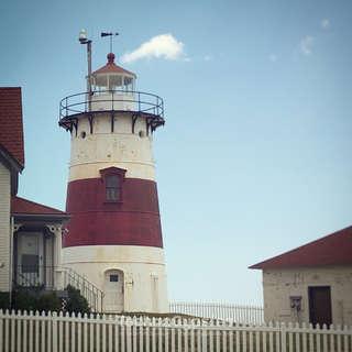 Stratford Point & Lighthouse
