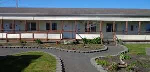 GuestHouse Inn & Suites Ocean Shores