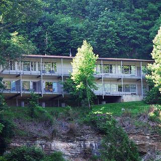 Hemlock Lodge