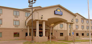 Days Inn And Suites - Wichita Falls