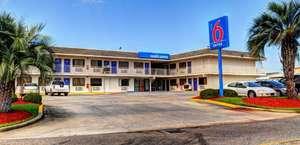 Motel 6 New Orleans, La - Near Downtown
