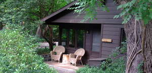 Comfi Cottages of Flagstaff - Bed and Breakfast