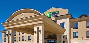Holiday Inn Express & Suites Wichita Falls
