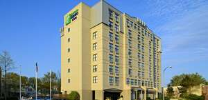 Holiday Inn Express Hotel & Suites Boston