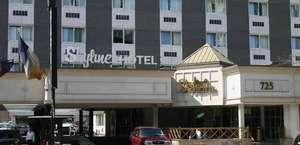 New York Skyline Hotel