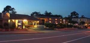 Carmel Hill Lodge / Knights Inn